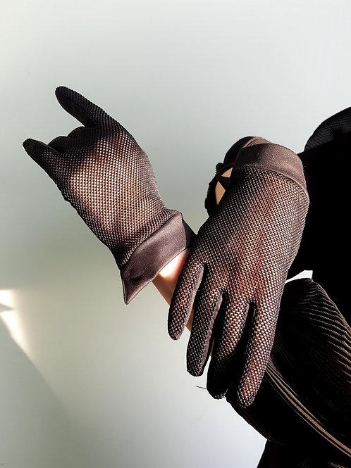 Black nylon 1960s wing wrist cuff net gloves