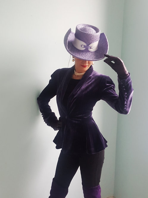 Very Cool Vintage Harrods Hat lilac