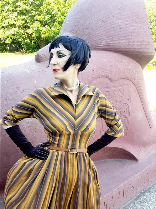 Absolutely stunning 1950s vintage dress chevrons gold, cedar brown & ochre