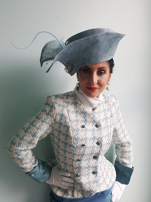 Vintage hat by Modiste Modeste very 'Haute' style