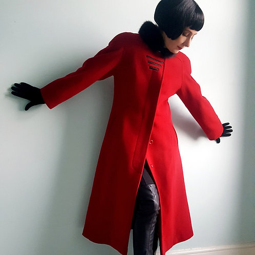 Stunning Vintage Immaculate  Canadian made Red Cashmere & Wool Coat