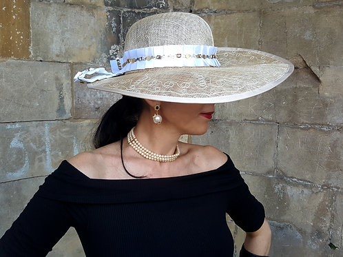 Vintage sun hat natural with ice white satin ribbon/gold