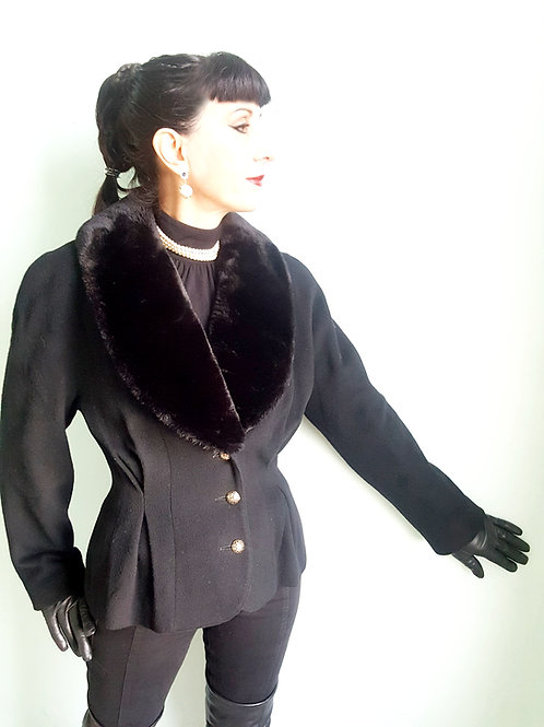 1980s Mansfield Cashmere & Wool jacket with high quality faux fur collar