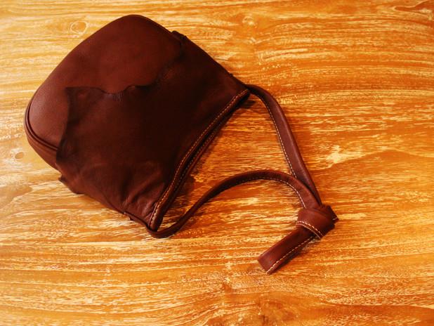 巾着型ポシェット