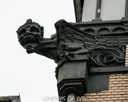 вул. Велика Житомирська, 8А