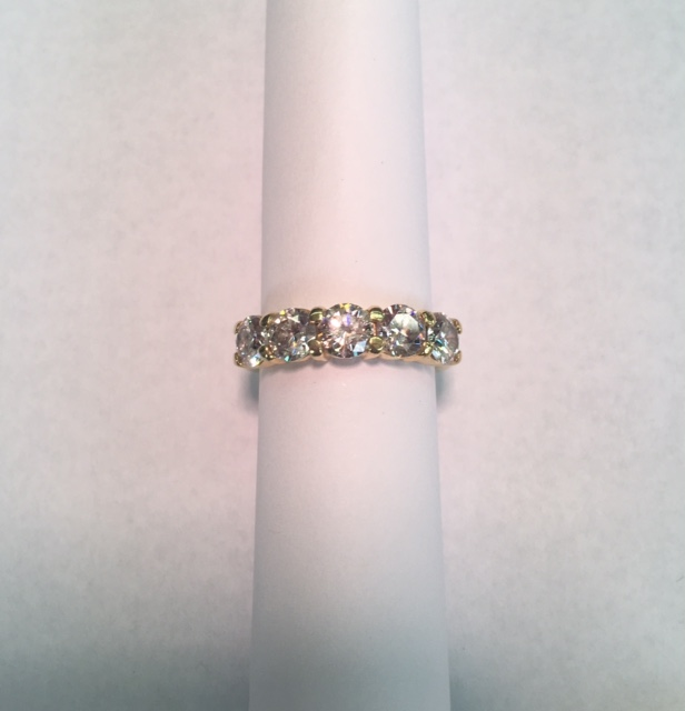 Diamond Band set in 18k Gold 2.25ct