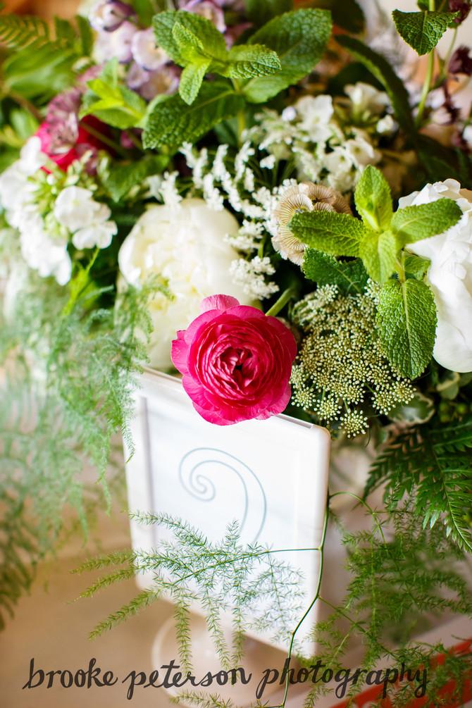Mount Vernon Country Club Wedding Flowers
