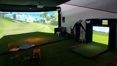 Triple screen and Mini Golf Simulator