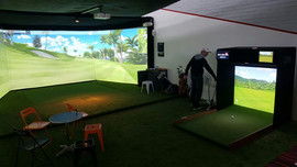 Triple screen and Mini Golf Simulator