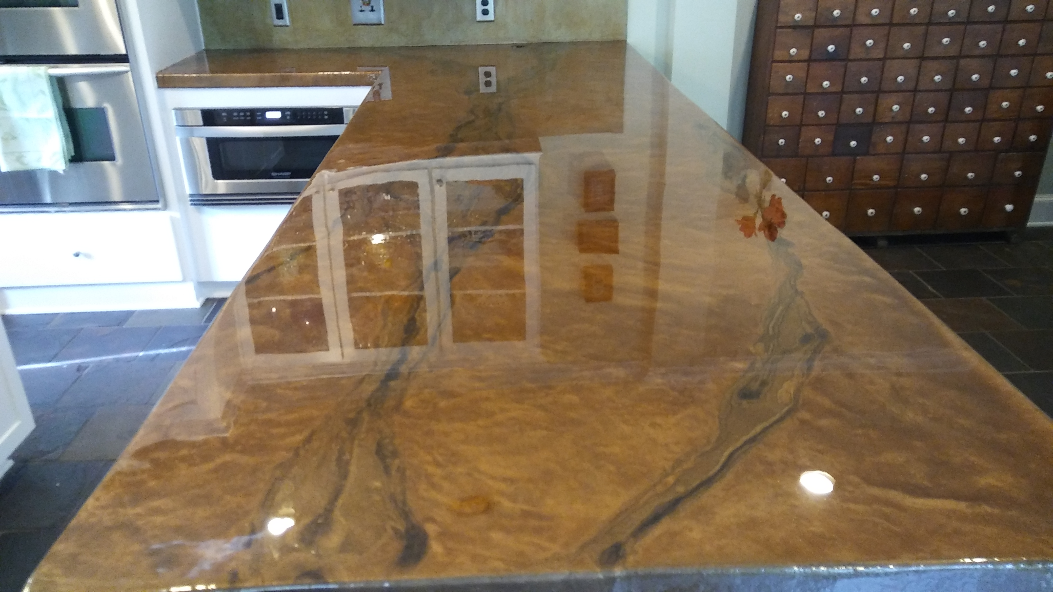 Huge kitchen Island - Hosuton TX