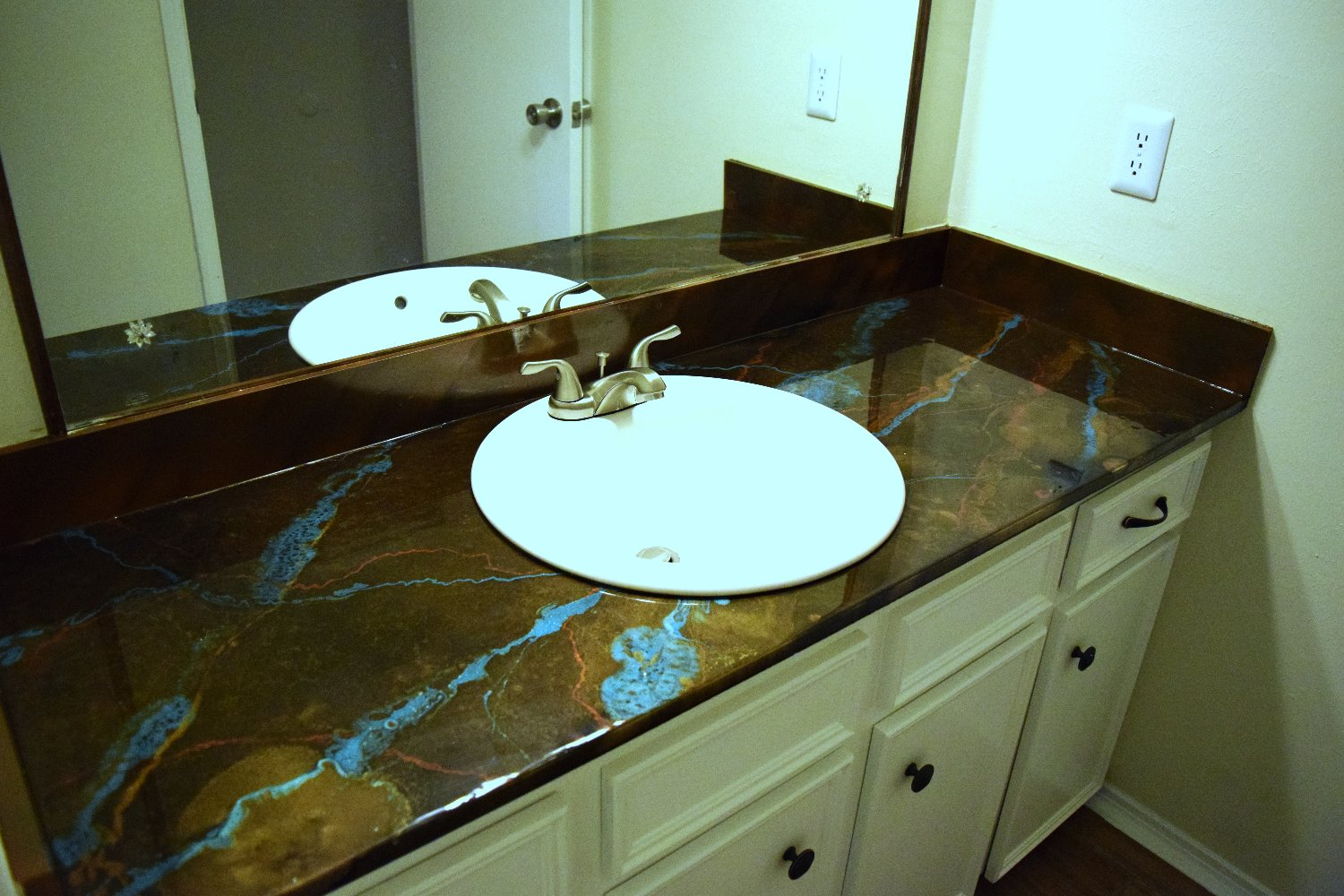 Unique Bathroom Counter - Houston
