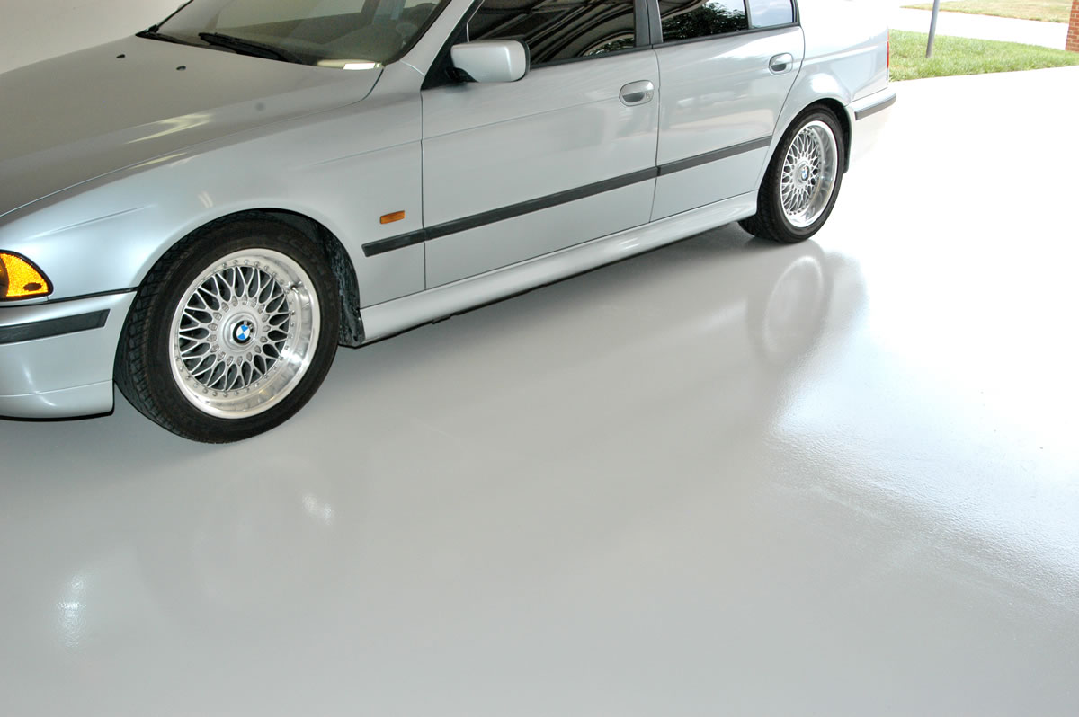 Solid Color Garage Floor - Cypress
