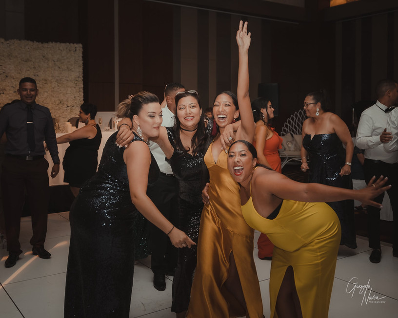 Perth Wedding Photographer, Wedding Reception - Gonzalo Novoa Photography at The Astral at Crown Perth, Burswood WA