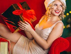young-woman-christmas