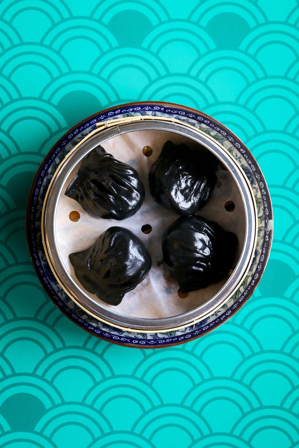 truffle crystal prawn dumpling