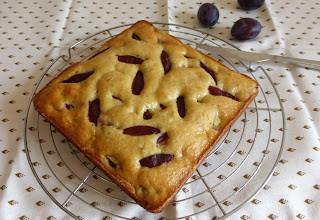 Gâteau prunes ricotta par Les Mets Tissés