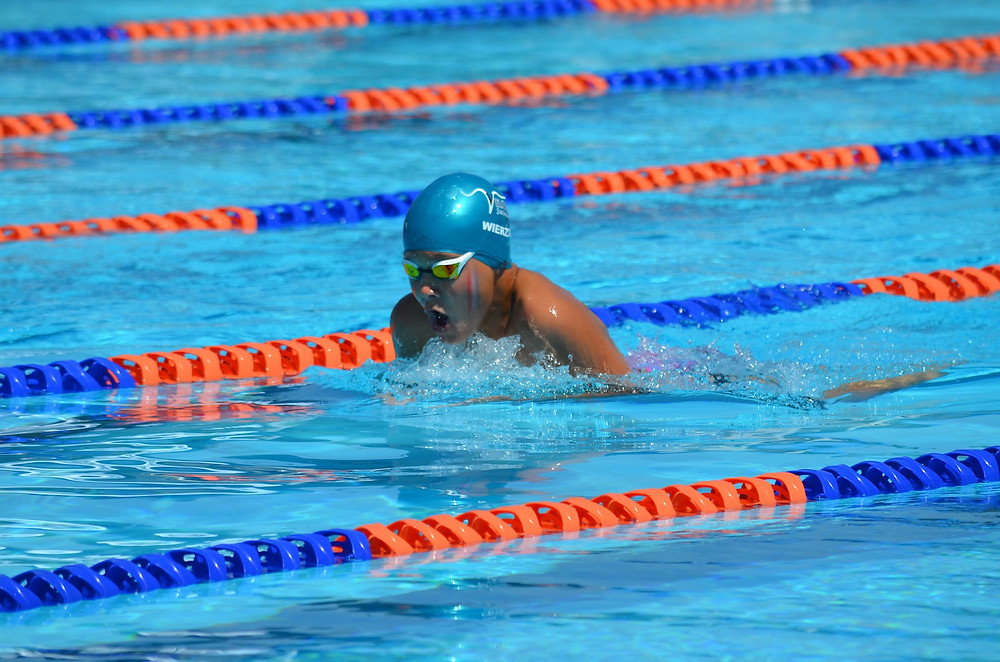 nager la brasse sans se faire mal au dos