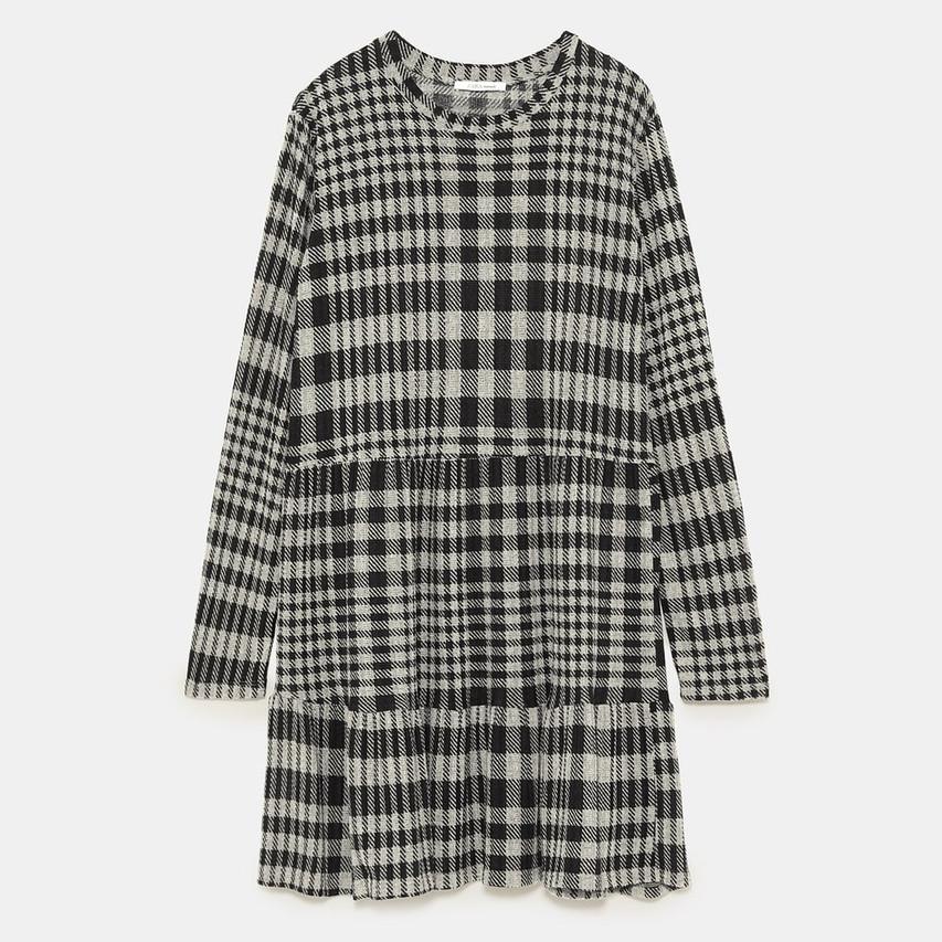 Zara plaid Dress (wearing a Medium)