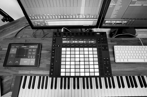 Stefan Benz Uneon Sound Studio Filmmusic