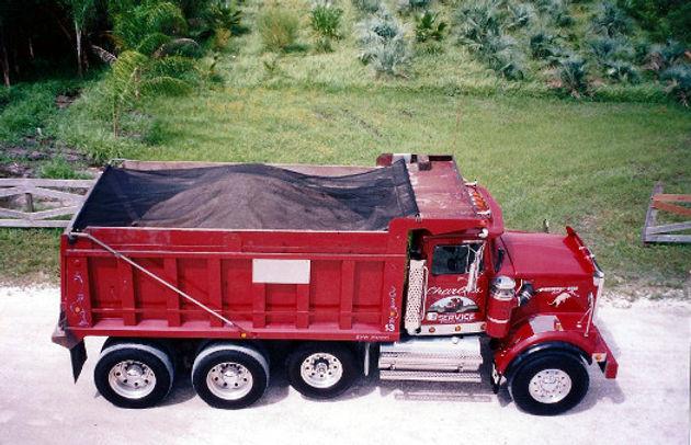 truckcover2.jpg
