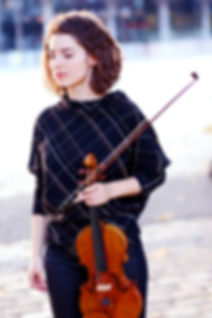 Anna-Gockel-Biographie-683x1024.jpg