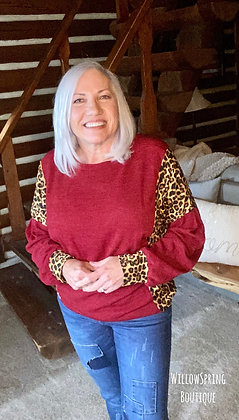 Keri Leopard Pullover