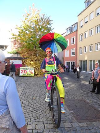 Clown Toni mit dem Hochrad