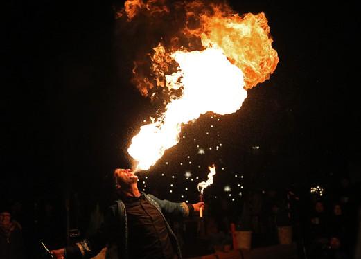 Toni Toss Feuershow