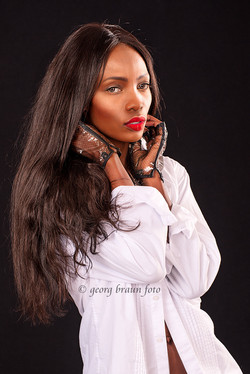 Brenda-Severin-Model-Beauty (5)