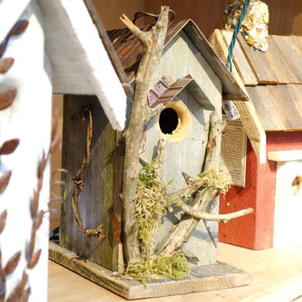 Birdhouses & Bathouses