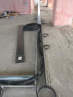 Прокладка кабеля в коробах