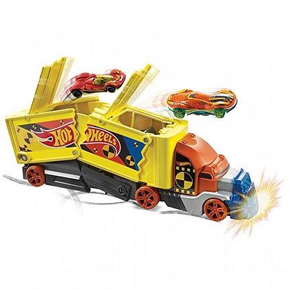 Hot Wheels Remolque De Choques Y Acrobacias Pista Autos