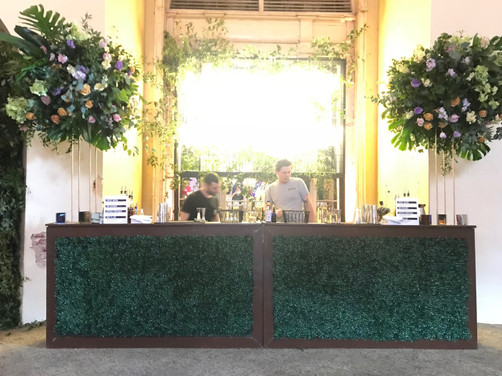 Hedge Front Bar