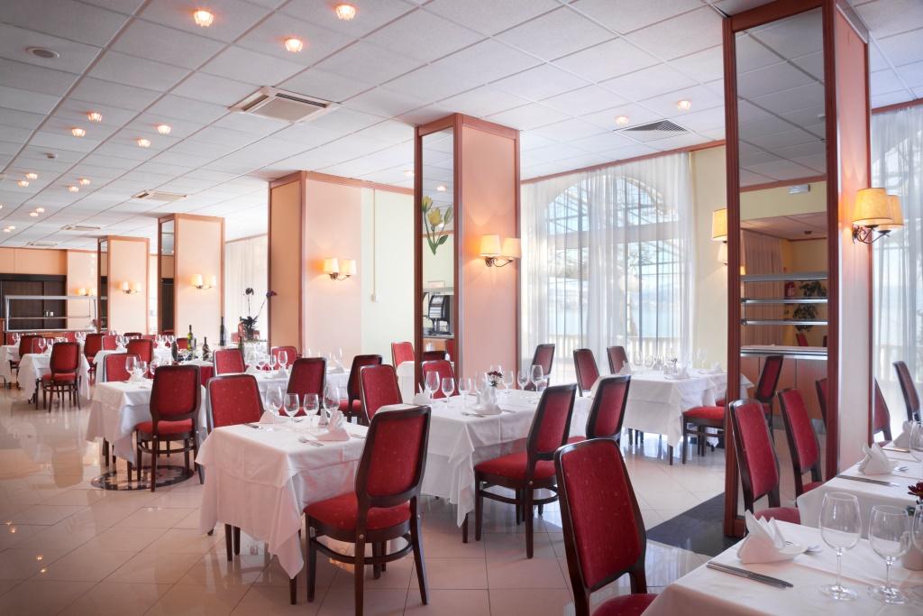 Remisens hotel Kristal - Opatija 8.jpg