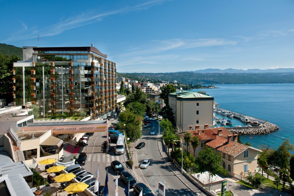 Accommodation in Croatia - Grand hotel Adriatic - Opatija (28).jpg