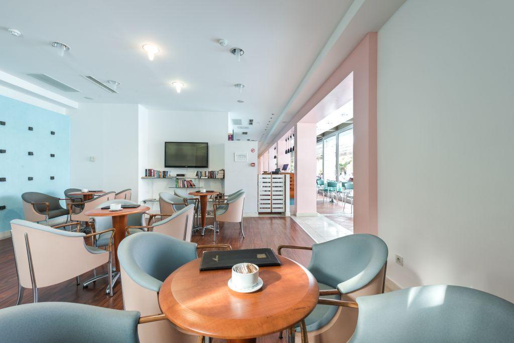 uvala-hotel-aperitivbar-tvroom