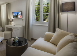 Hotel_and_dependance_Bellevue,_Orebić_25