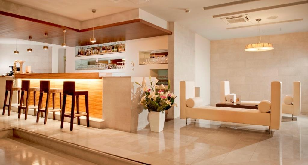 Hotel Soline Brela 18.jpg