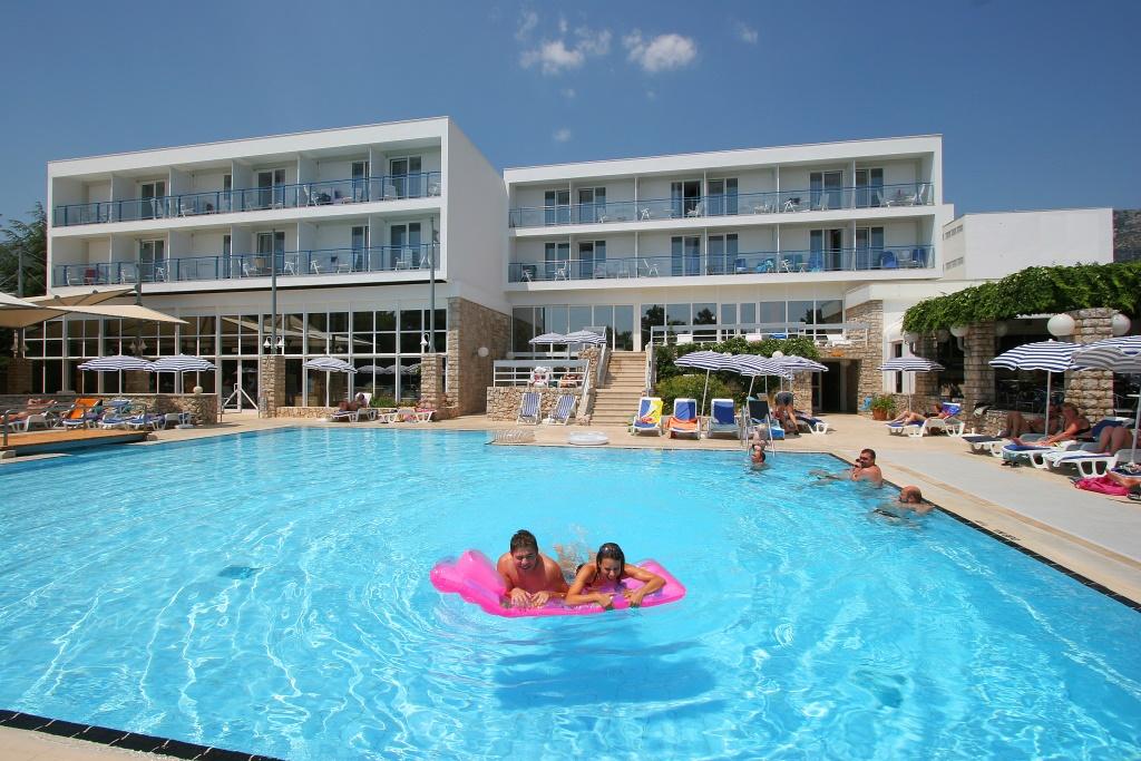 Bluesun hotel Borak Bol 6.jpg