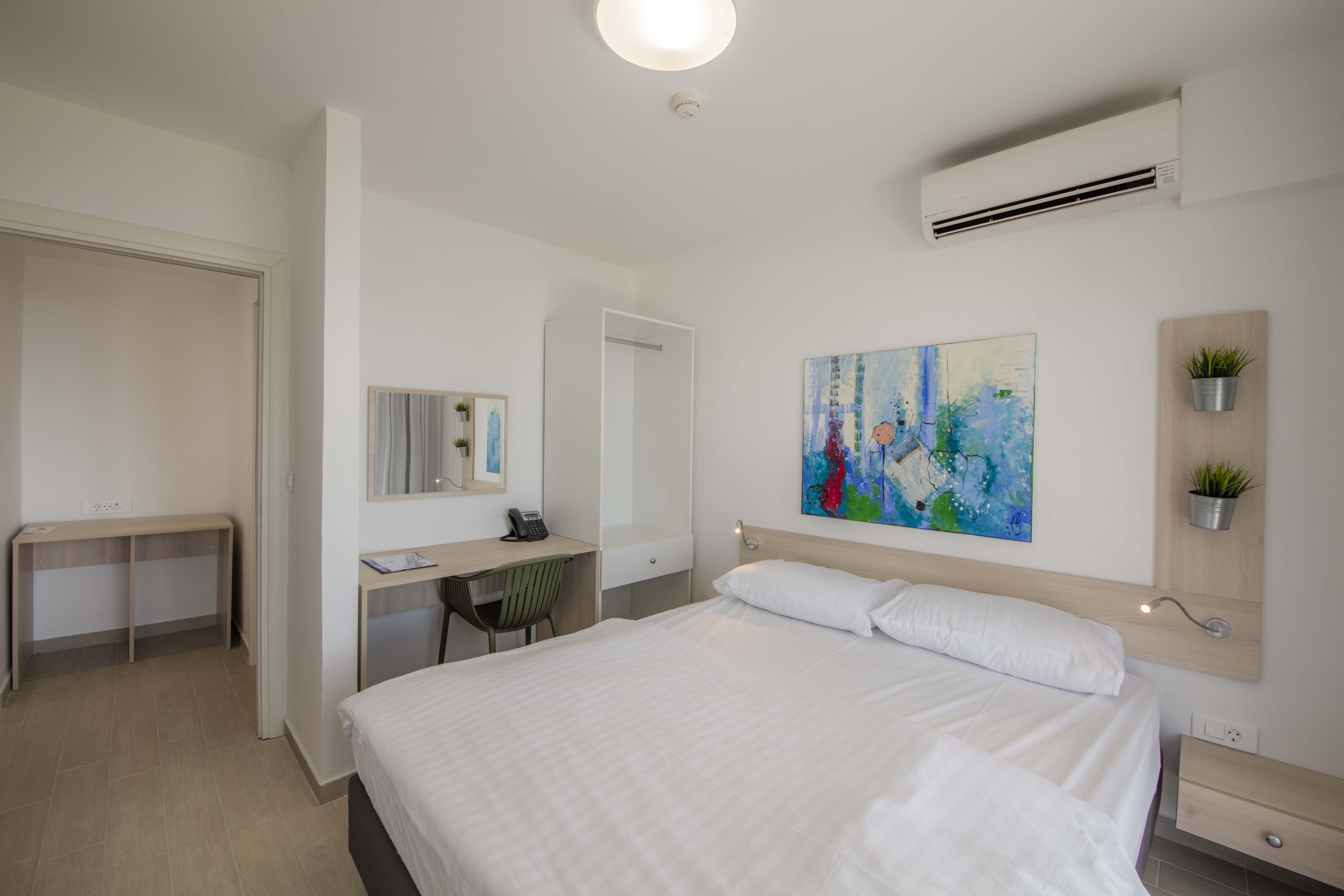Hotel_and_dependance_Bellevue,_Orebić_16