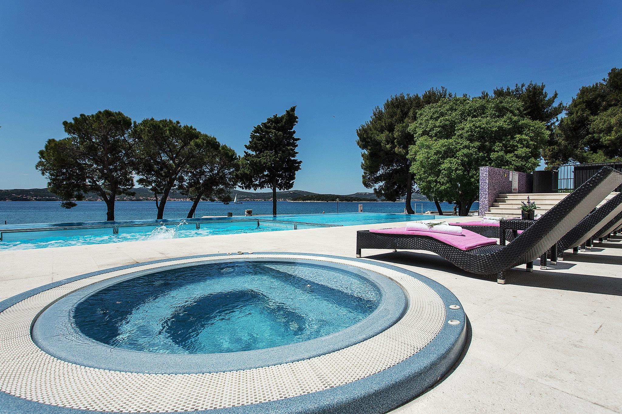 Hotel Adriatic Biograd 11