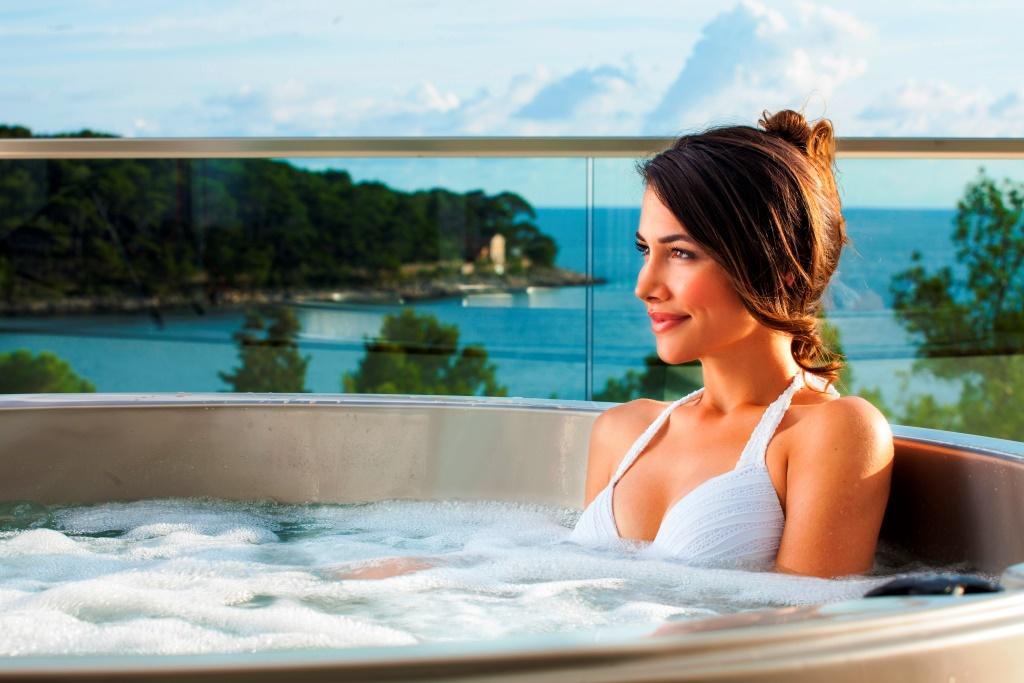 Accommodation In Croatia - Hotel Bellevue Mali Losinj (8).jpg