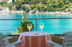 uvala-hotel-dubrovnik-balcony-sea-side