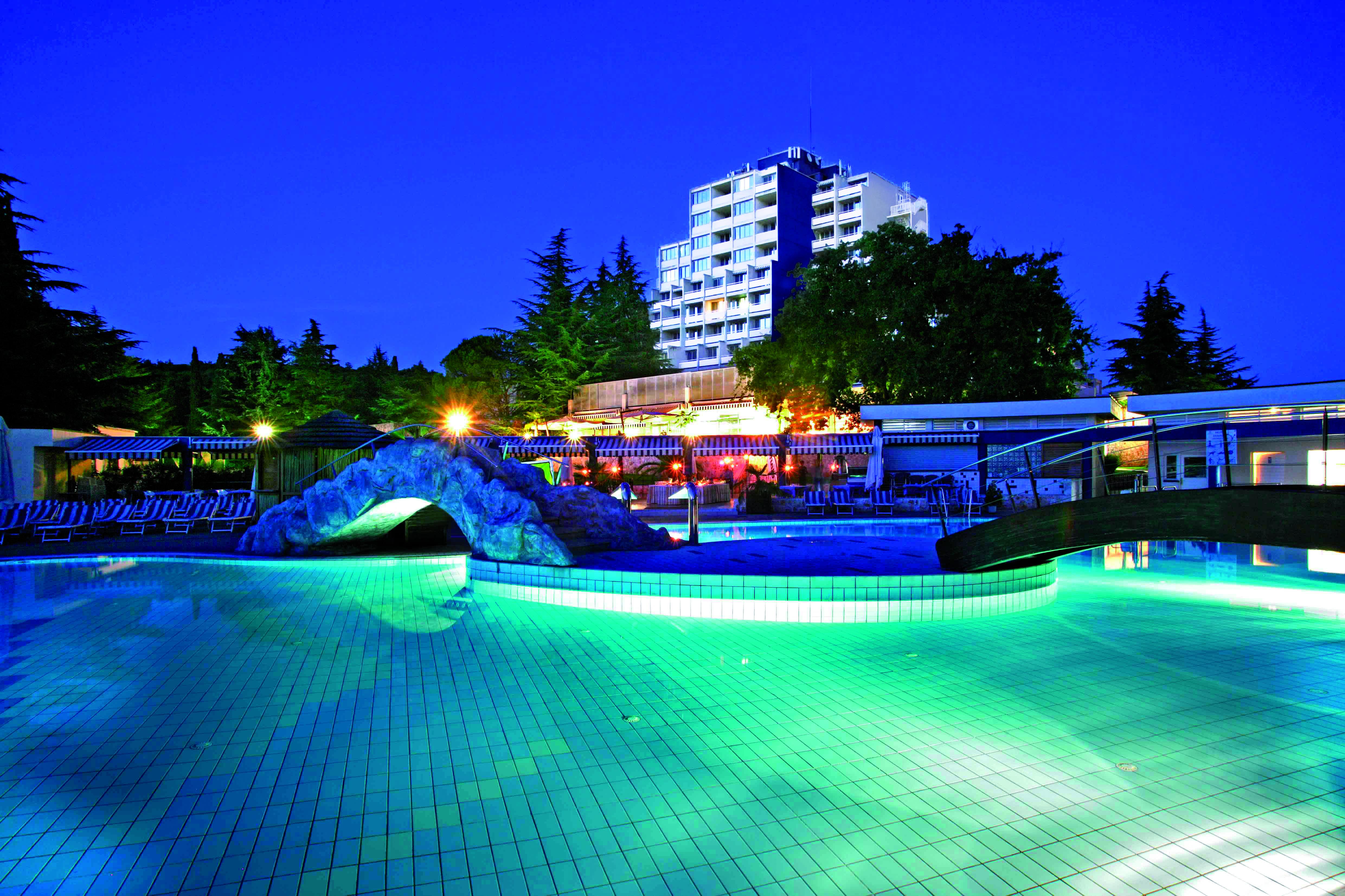 ACCOMMODATION IN CROATIA HOTEL Valamar Diamant - PoreC.jpg