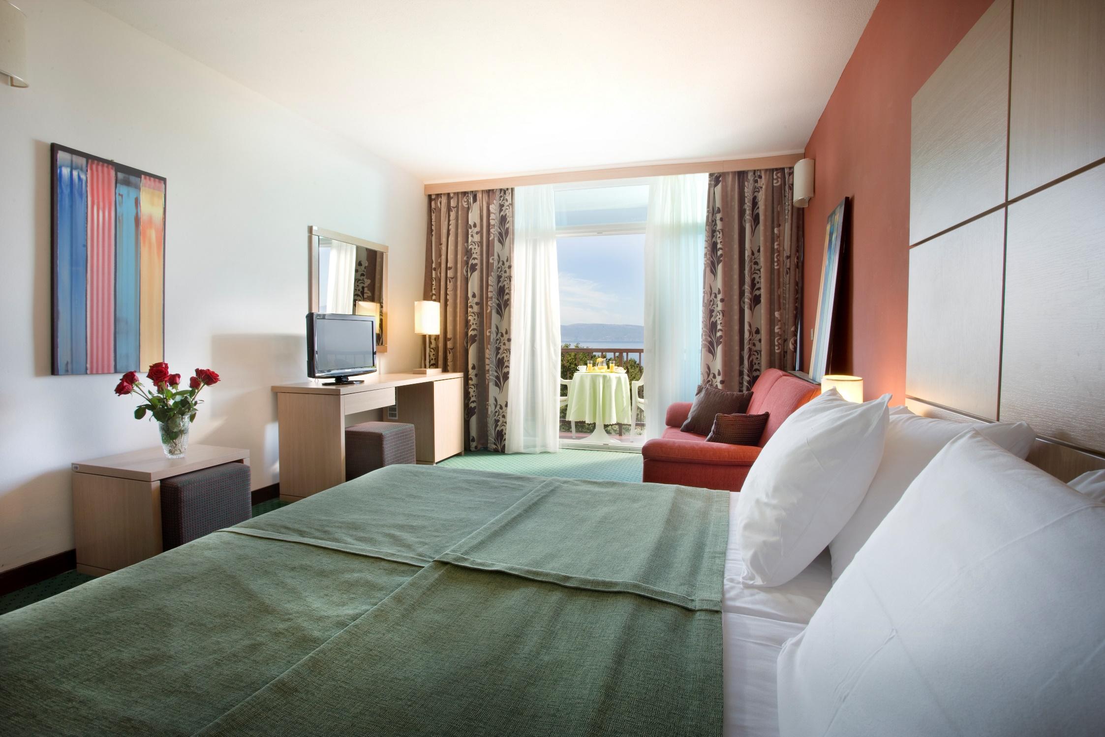 Hotel Beli Kamik 10