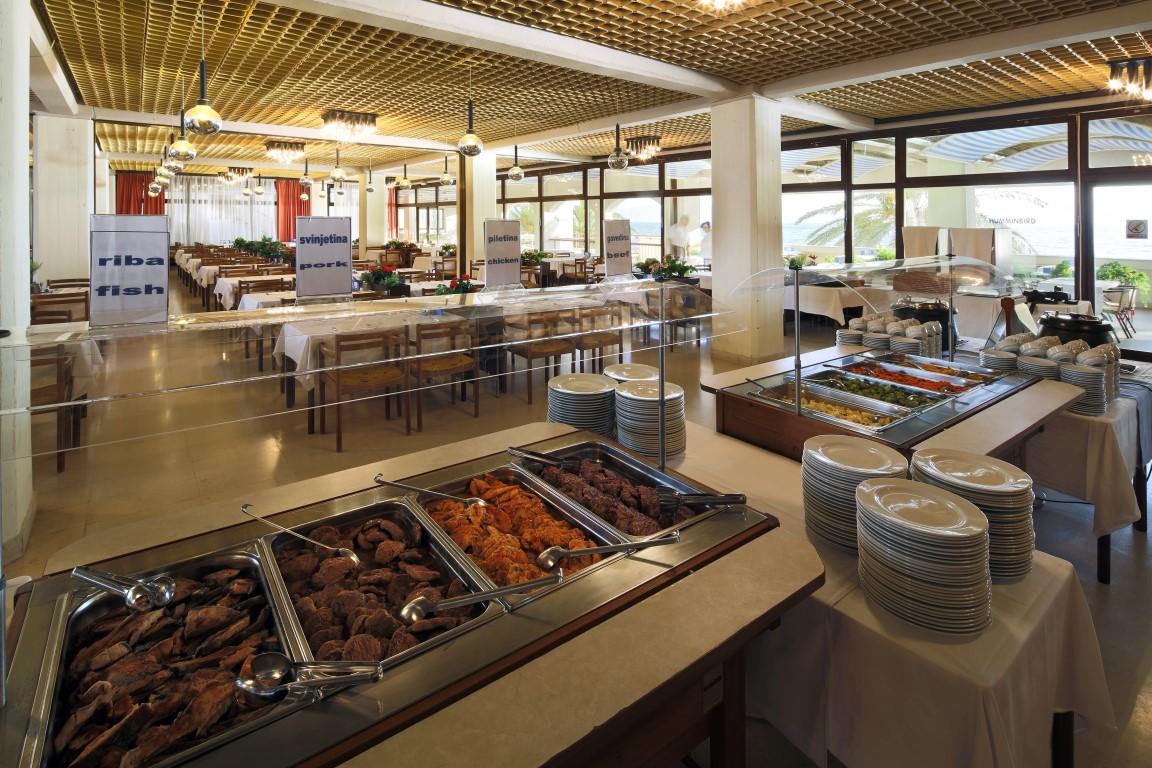 Hotel Podgorka_buffet restaurant (3)