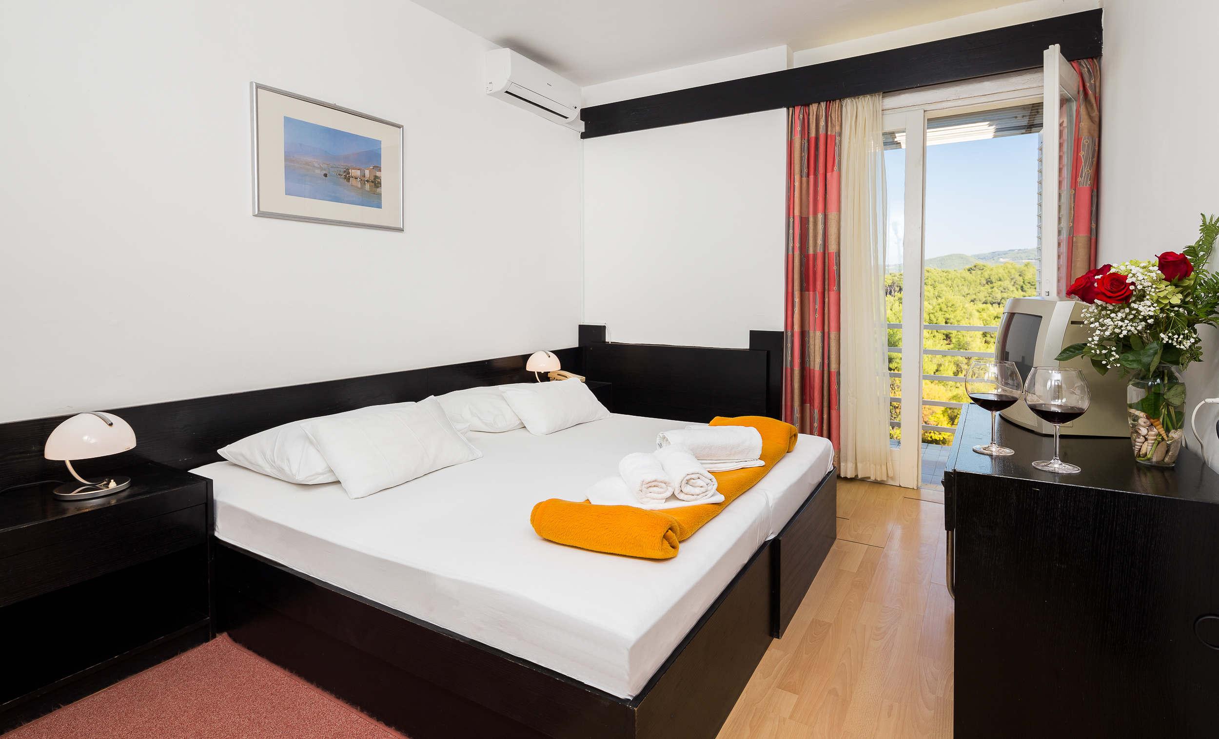 Adriatiq hotel Hvar 13