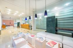 uvala-hotel-lobby-frontdesk