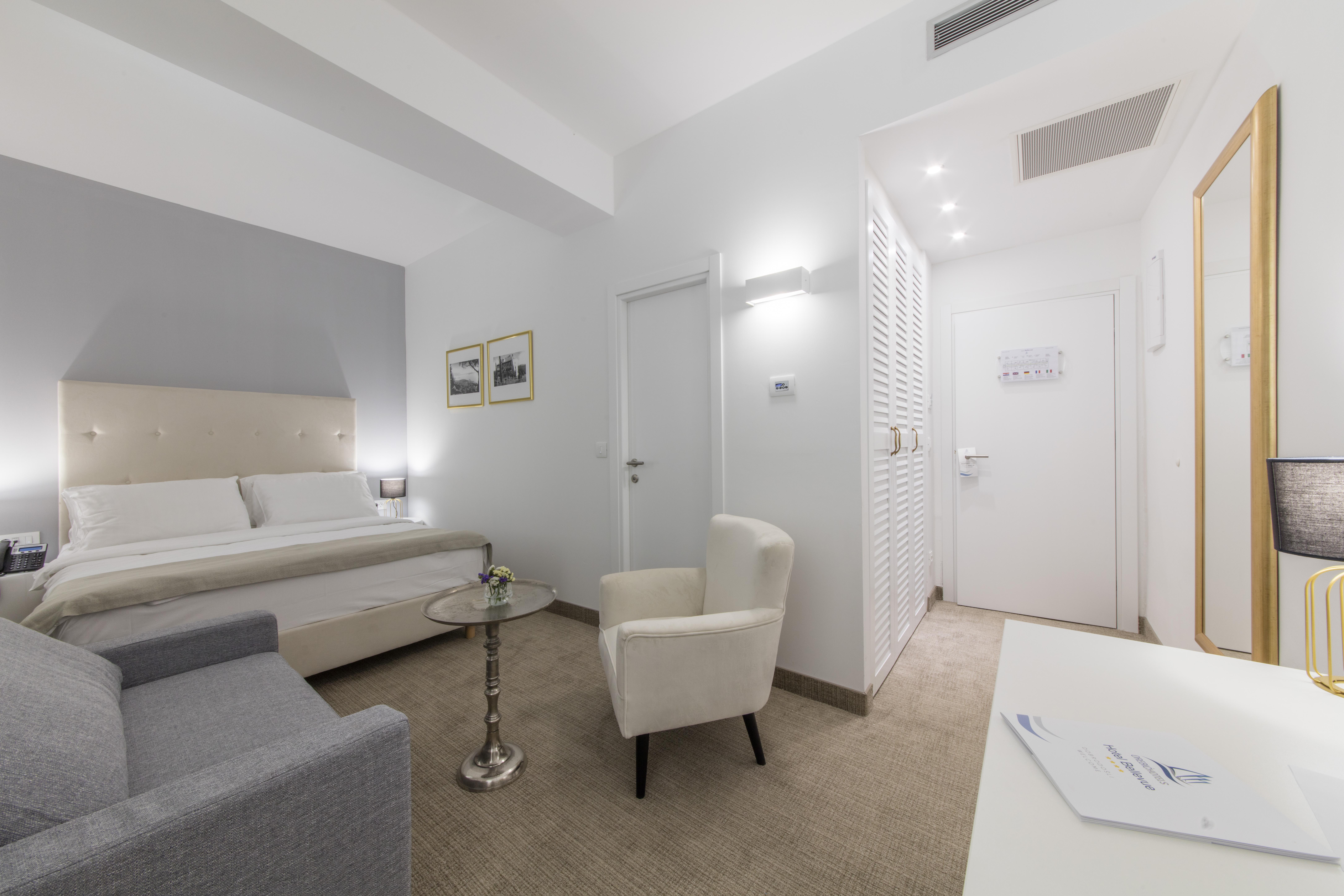 Hotel_and_dependance_Bellevue,_Orebić_37