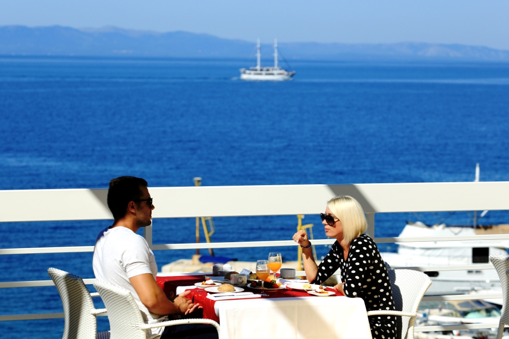 Accommodation in Croatia - Hotel Dalmacija Makarska (5).JPG